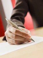 Hvordan skrive et takkebrev etter å ha mottatt kondolanser