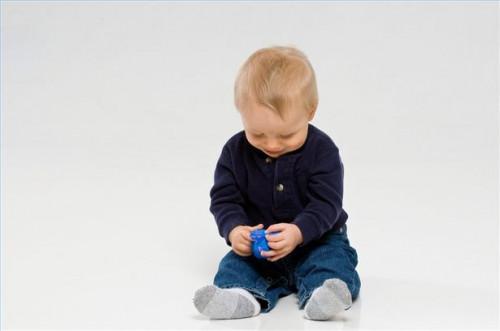 Hvordan spille med en 10 måneder gammel baby