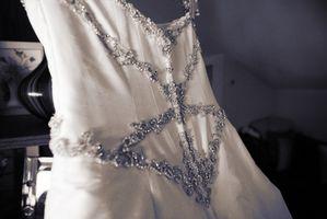 Hvordan Pack en brudekjole