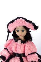 Hvordan finne ut verdien av en Vintage Doll