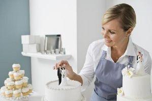 Hvordan lage Wedding Cake dekorasjoner