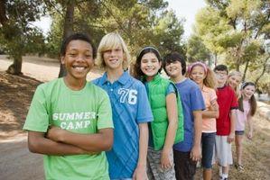 Utendørs problemløsning aktiviteter for barn i alderen 10-14Years