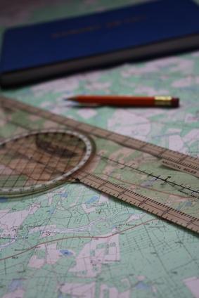 Hvordan legger jeg til GPS-navigasjon til Flight Simulator Planes?