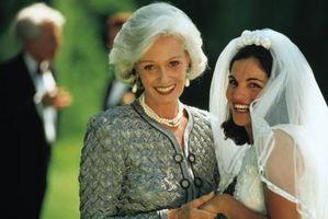Hva Er mor til bruden ment å bære?