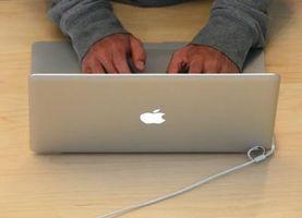 Slik spiller World of Warcraft på en MacBook Pro MC374LL / A