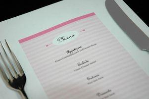 Hvordan å gjøre Bryllupsmeny kort med flere hovedrett valg