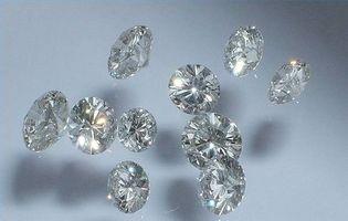 Hvordan lage syntetiske diamanter