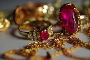 Hvordan identifisere verdifull eiendom smykker