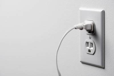 Strømforsyning i form av A / C Vs. D / C