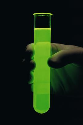 Hva er den kjemiske Grunnlag for Chemiluminescence?