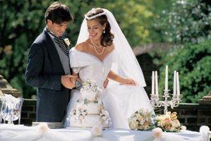 Hvordan lage Wedding center med nedsenket Blomster
