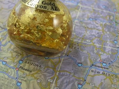 Hvordan finne en Gold Placer Mine Lease