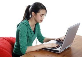 Hvordan sjekke opp på Kids Bruk av datamaskin