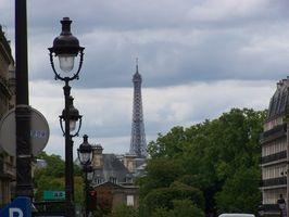Hvordan få visum for å tilbringe en bryllupsreise i Paris
