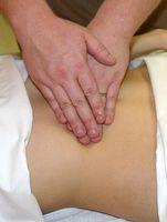 Hvordan du massasje livmoren etter fødselen