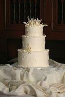 DIY Wedding Cake Deco