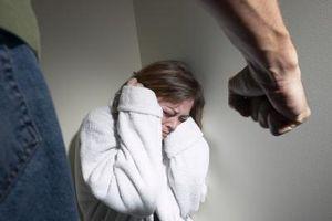 Hvordan håndtere emosjonelle misbruk fra din mann