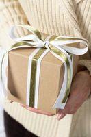 Hva er de ti mest populære Klær Gaver til kvinner i julen?