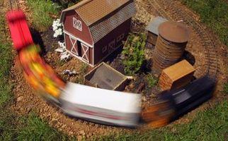 Hvordan lage en Split Rail Fence for din Model Train Layout
