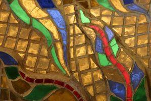 Slik reparerer en Crack in Stained Glass