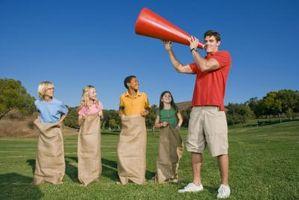 Hinderløype spill for tenåringer