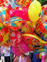 Hvordan Blås Small Mylar ballonger
