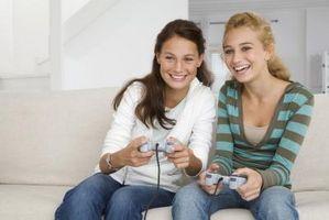 Hvordan koble til et ikon Wireless Controller for PS2