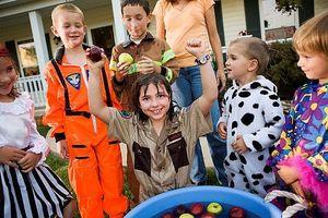Hvordan feire Halloween Uten Trick-or-behandling