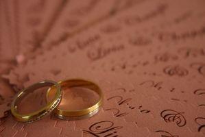 Hvordan Word et ekteskap Invitasjon