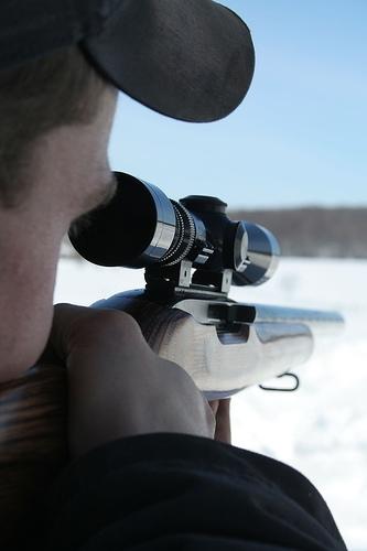Hva betyr tallene på en Rifle Scope mener?