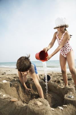 Hvordan bade i havet med barn