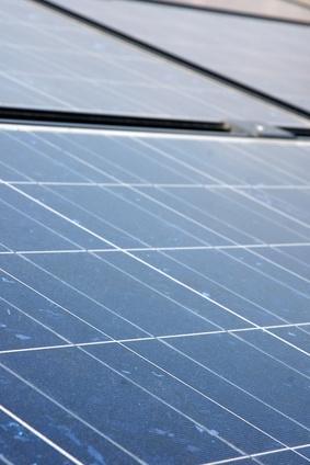 DIY vindturbiner og solcellepaneler