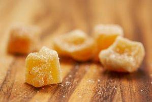 Slik Dekorer en Wedding Cake med frostet Frukt