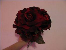 Hvordan lage en bukett med roser