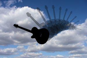 Hvordan bruke Wii Guitar Hero Guitar for Rock Band