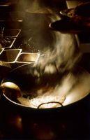Hva skjer til kokepunktet av væsken hvis Ekstern trykket reduseres?