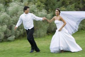 Hvordan lage en Wedding Skirt Fuller