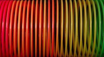 Hvordan bruke en Slinky til Vis et jordskjelv