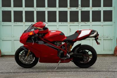 Hvordan feilsøker jeg en motorsykkel Tenner Box?