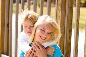 Tips for å oppdra en liten bror eller søster