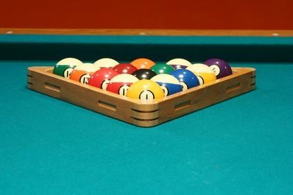 Hvordan sette opp billiard baller
