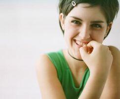 Triks for å hjelpe barna Stop Chewing Nails
