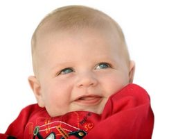 Hvordan kvalifisere for Child Care Grants