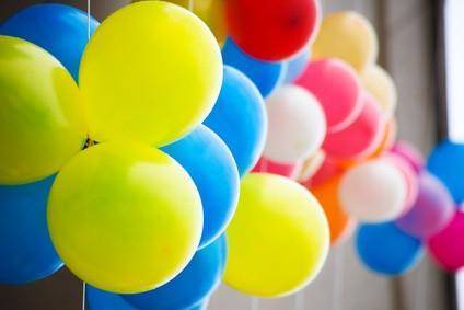Invitasjon Ideer for en 70th Birthday Party