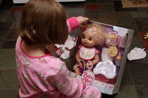 Hvordan få baby Alive Spill Doll Mat