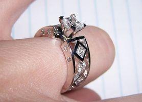 Hvordan Design din egen Diamond engasjement-Ring
