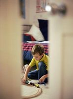 Hvordan bygge et barns Basic Model Train Layout