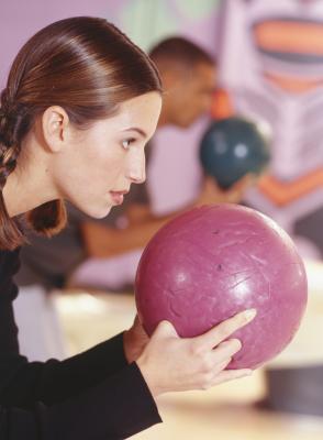 Hvordan å gjøre en Bowling Ball Magic Trick