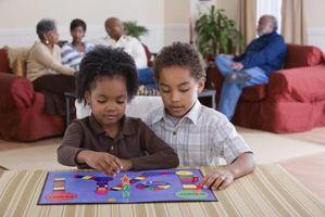 Hvordan lage en enkel Barnas Board Game