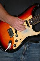 Hvordan jeg hekte meg mikrofon til My Rock Band gitar?
